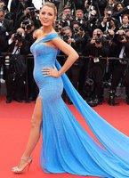 blake lively 2016 cannes film festivali kirmizi hali elbise modelleri
