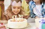 dogum gunu kutlama parti mum pasta
