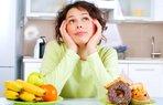 kalori olcen aplikasyon meal snap diyet dusunen kadin