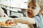 bebek cocuk beslenme yemek makarna
