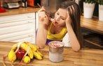 kadin mutsuz yemek tatli saglik diyet