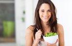 saglik beslenme sebze salata diet kadin
