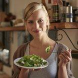 kadin diyet salata saglikli yasam
