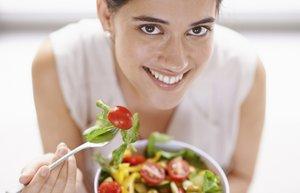 kadin beslenme diyet salata