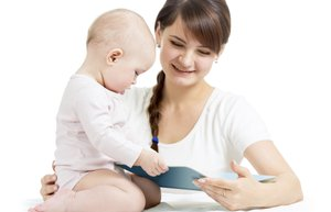 anne bebek kitap okuma
