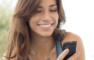 telefon mutlu kadin android