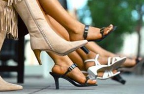ayakkabi alirken