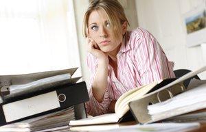 kariyer iskadini stres mutsuz kadin