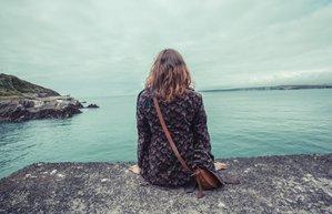 kadin yalniz iliski depresyon mutsuz