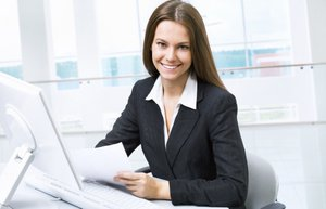 kariyer ofis is kadini bilgisayar internet mutlu kadin