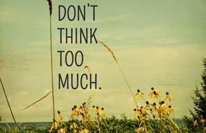 fazla dusunme motto