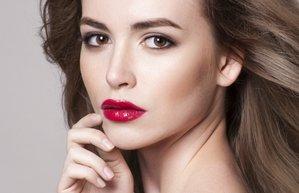 iddiali rujlari nasil daha iyi tasirsiniz kirmizi dudaklar guzellik makyaj
