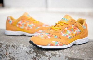 nike floral spor ayakkabi renkli