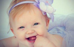 kiz isimleri populer guzel klasik moda bebek