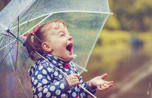 cocuk mutlu yagmur