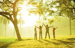 mutluluk mutlu aile orman