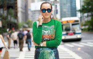 moda logolu sweatshirt