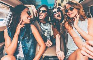 mutluluk kadinlar araba tatil seyahat