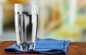 kisin cildi canlandiracak 10 besin su