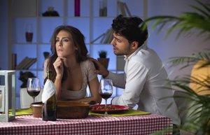 ask ayrilik tartisma iliski cift romantik yemek