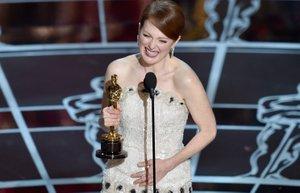 julianne moore 2015 oscar kazanan en iyi kadin oyuncu