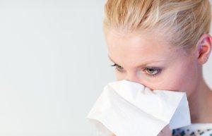images alerji burun akintisi mendil hasta grip soguk alginligi