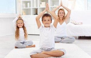 anne cocuk yogasi oyun