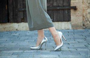 metalik ayakkabi trend lame gumus altin bronz topuklu moda