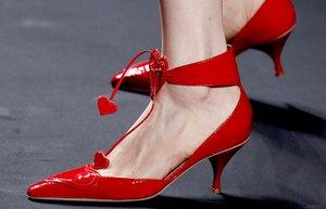 Anna Sui 2013 ilkbahar yaz ayakkabi