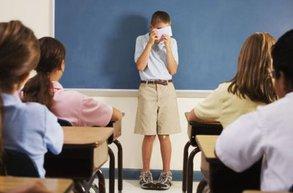 ergenlik okul ogrenci sosyalfobi