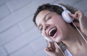 muzik kulaklik eglence sarki soylemek