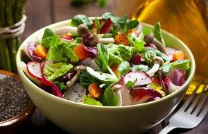 yesil salata kuskonmaz saglikli beslenme