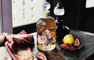 begum khan x guerlain the bee bottle 13