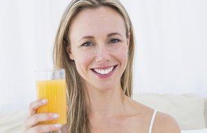 kadin meyve suyu portakal