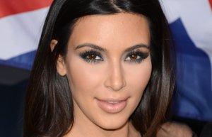 kim kardashian makyaj sac