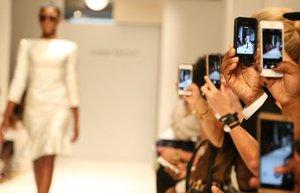 moda haftalarinda aslinda neler oluyor istanbul paris londra new york haftasi