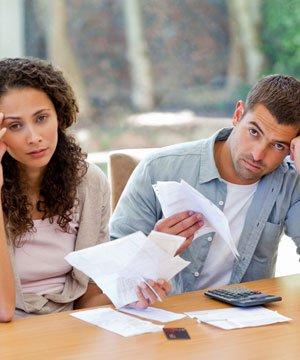 Maddi sıkıntınızı eşinizle birlikte nasıl atlatırsınız? shutter cift mutsuz 1