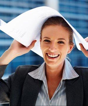 Kadınların emeklilik yaşı nasıl hesaplanır? is calisan ofis 1