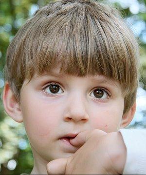 Çocuklarda tırnak yeme alışkanlığı shutter cocuk ozl 1