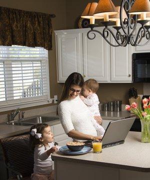 Çalışan annelerin işini kolaylaştıracak öneriler calisan anne cocuk 1