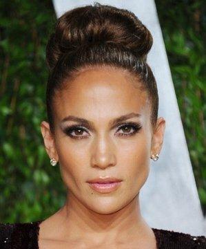 Jennifer Lopez'in ilham verici 10 topuzu lopez topuz 1