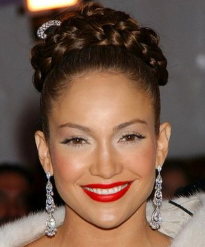Jennifer Lopez'in ilham verici 10 topuzu lopez topuz 2