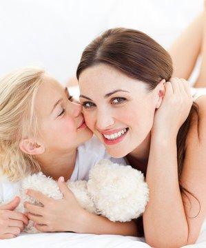 Anne ile çocuk arasındaki 9 iletişim hatası anne cocuk 1