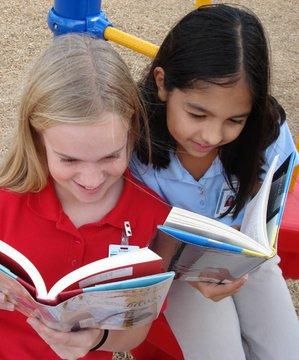 Çocuk kitapçıları rehberi cocuklar kitap okuma 3