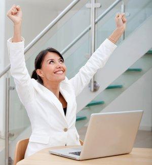 Ofiste zinde kalabilmek için saatte 5 dakika yeter! kadin iskadini 1