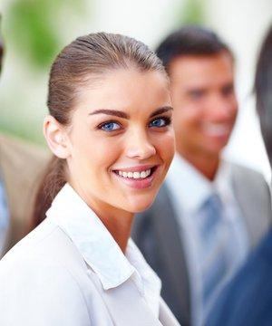 Burçlar kariyerimizi nasıl etkiler? ozguven kadin ofis 1