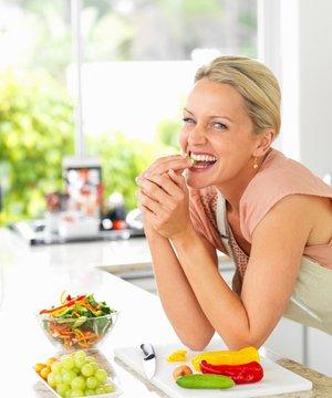 Yazın kilo alımını önlemek için 5 yol beslenme 1