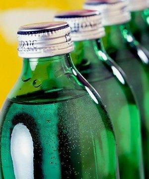 Diş lekelerine sebep olan besinler maden suyu soda 3