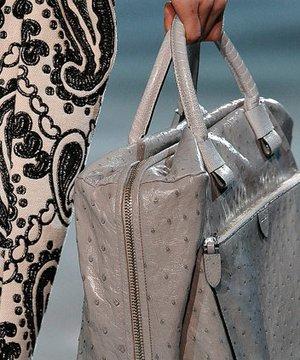 Sezonun en güzel çanta koleksiyonları canta 1