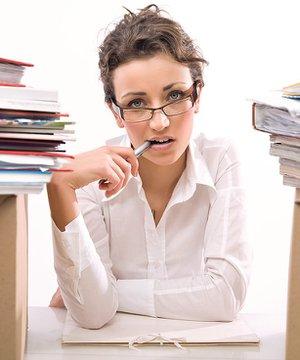 İşinizi sevmediğiniz halde nasıl çalışabilirsiniz? ofis uzgun mutsuz 1